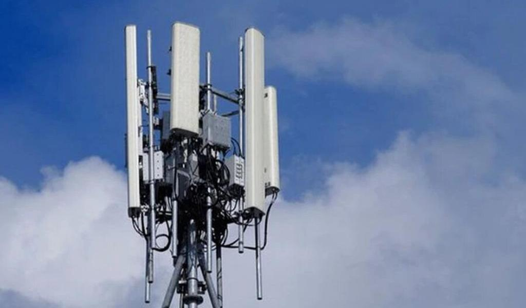 Atacan antenas en Bolivia por temor a que propaguen COVID-19