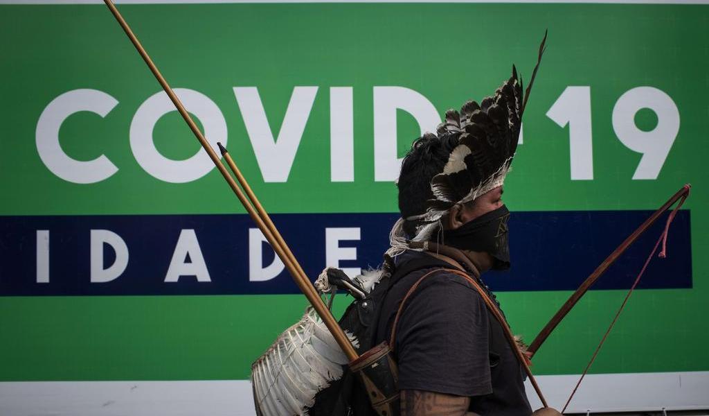 Muere de COVID-19 importante líder indígena de Brasil