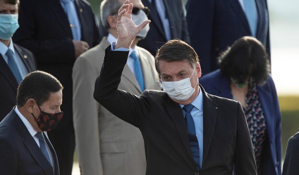 Insiste Bolsonaro en que la reacción a la pandemia fue exagerada