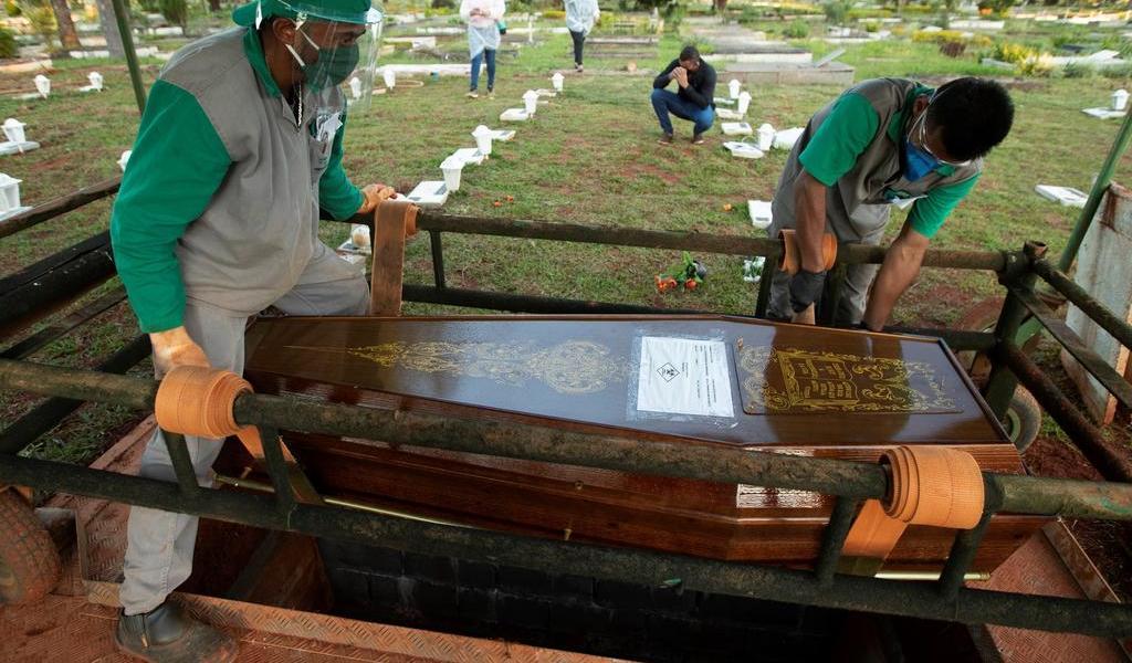 Latinoamérica supera las 100,000 muertes por COVID-19