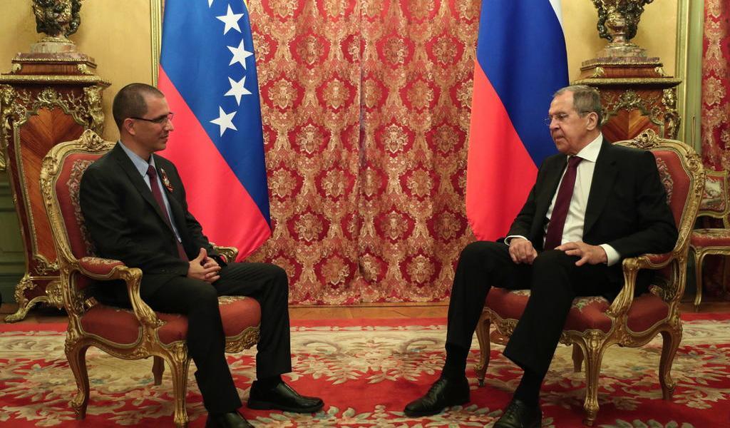 Niega Venezuela visita o contactos con el mariscal libio Hafter