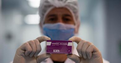 EUA acapara fármaco para tratar COVID
