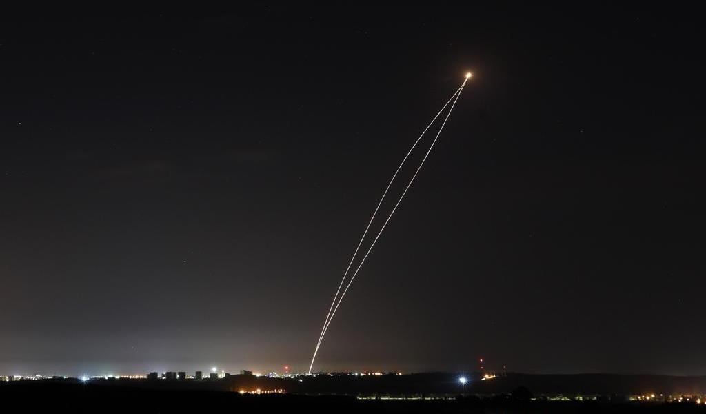 Milicianos palestinos lanzan tres cohetes contra Israel