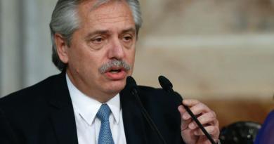 Presidente de Argentina desea a Bolsonaro pronta recuperación del COVID-19