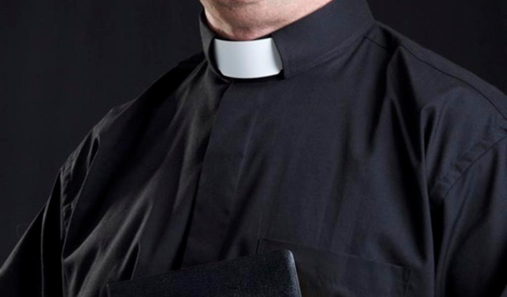 Vaticano publica manual para tratar los casos de abusos a menores