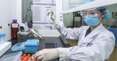 Informan que vacuna china en fase 2 contra COVID-19 induce respuesta inmune