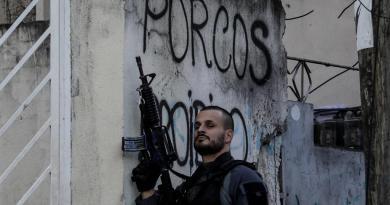 Envían a más de mil policías contra el mayor grupo criminal de Brasil