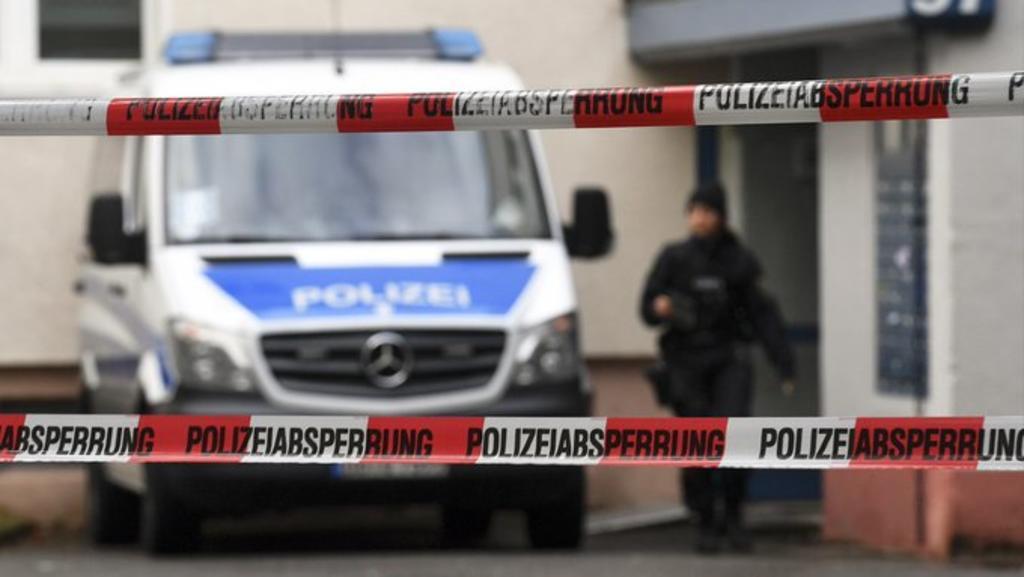 Arrestan en Alemania a mujer que se afilió al Estado Islámico
