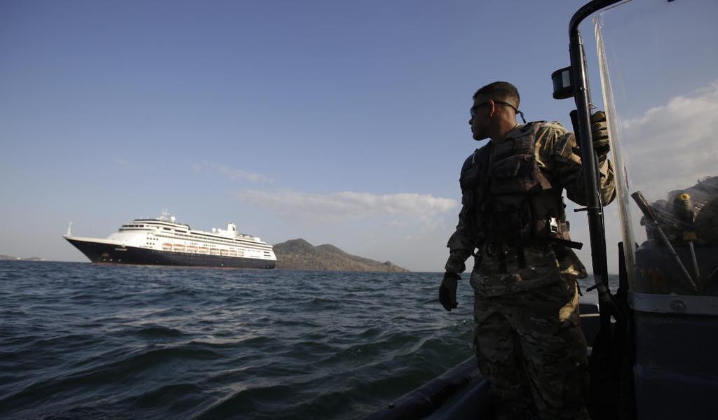 Canal de Panamá activa medidas temporales para proteger fauna marina