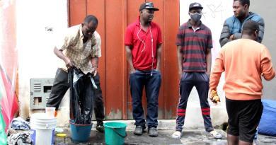 Detiene a migrantes haitianos por incendiar albergue en Panamá