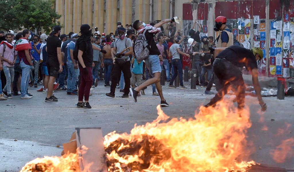 Protestan por tercer día consecutivo en Beirut