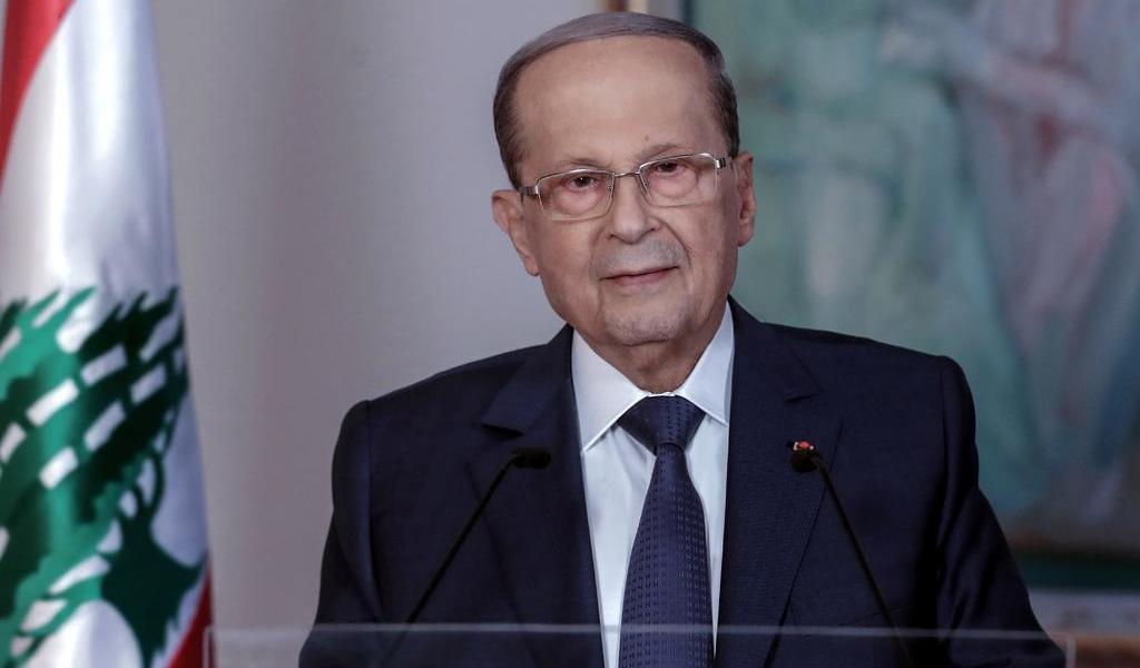 Presidente libanés pide al Gobierno dimitido que siga en funciones