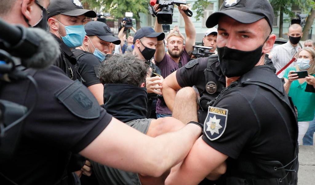 Detienen a decenas de manifestantes en Bielorrusia