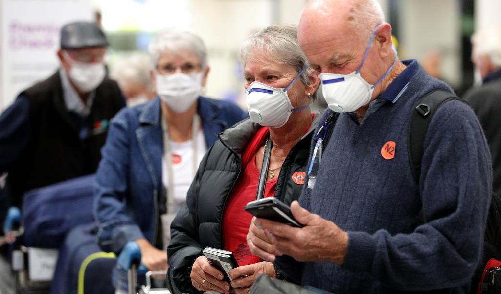 Nueva Zelanda anuncia primeros contagios locales de COVID-19 tras 102 días