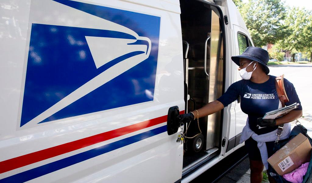 Servicio Postal de EUA posterga cambios en medio de denuncias
