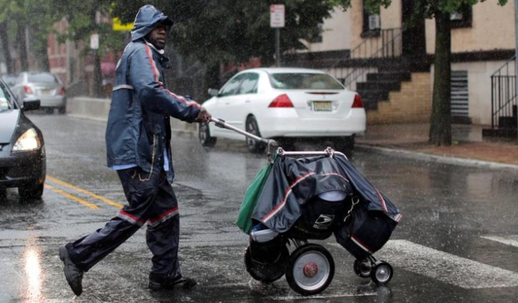 Tormenta 'Laura' causa lluvias en Puerto Rico; se prevén inundaciones