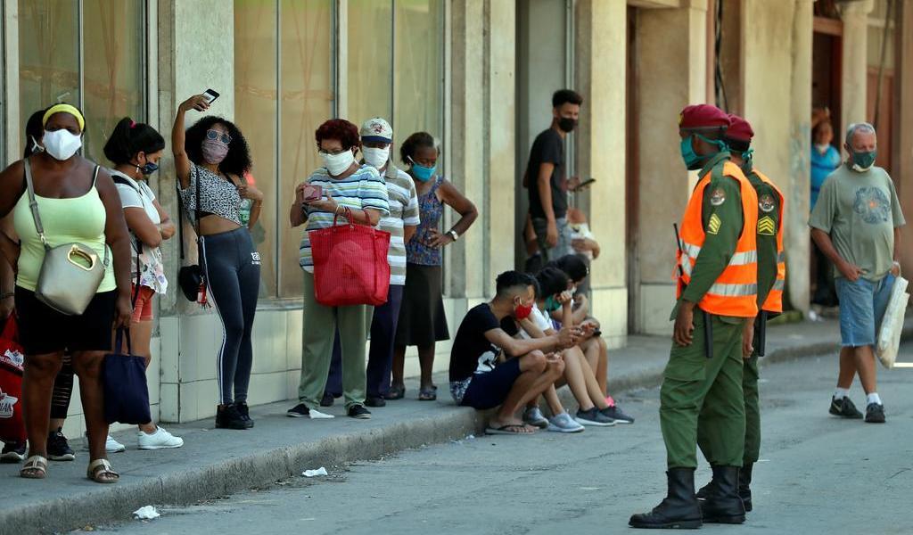 Supera Cuba los 4 mil contagios de COVID-19