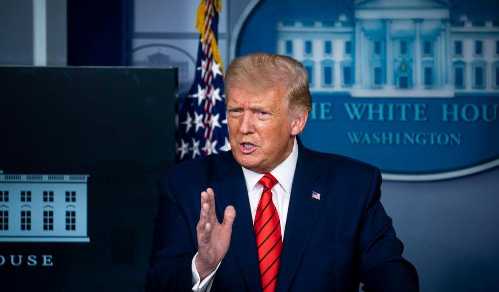 Antes de viajar a Kenosha, Trump llama tonto al alcalde de esa ciudad