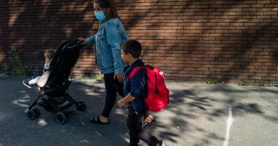 Estiman contagio limitado de COVID-19 en escuelas de Europa