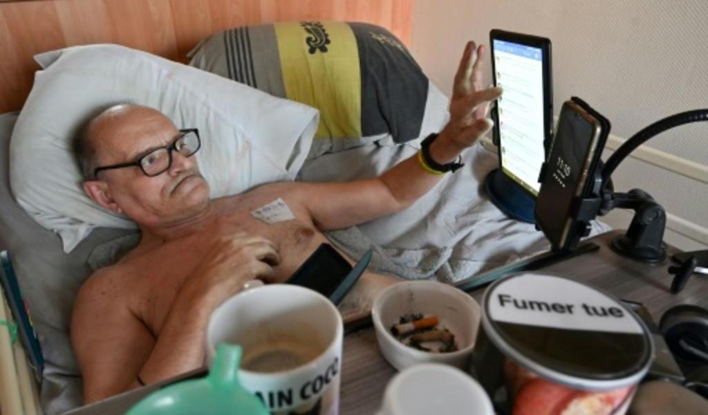 Francés se dejará morir y lo retransmitirá en Facebook