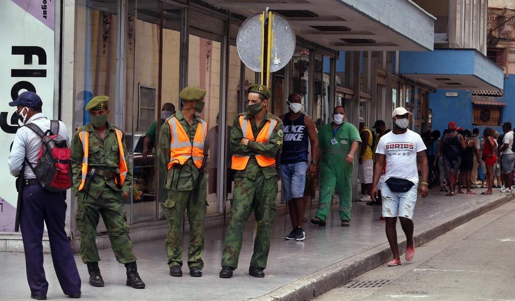 Suma Cuba 25 casos de COVID-19 tras una semana del cierre de La Habana