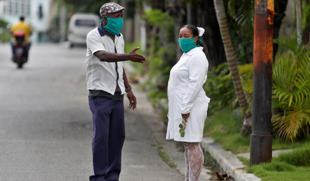 Sigue Cuba cuesta arriba en su segunda ola de COVID-19
