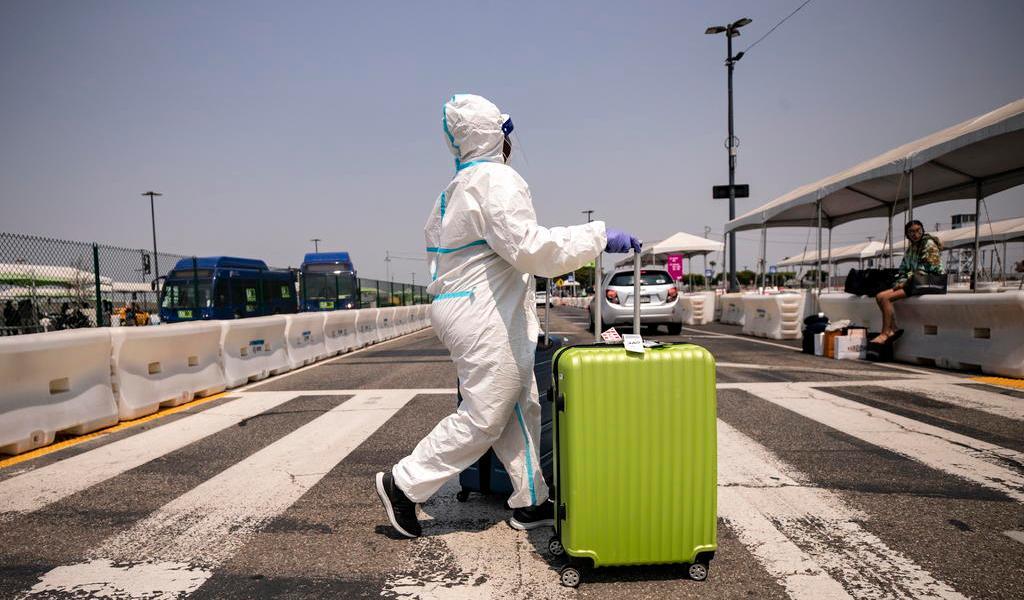 Suspenderá EUA chequeo de salud para algunos viajeros