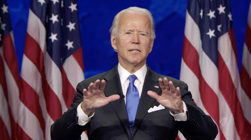 Biden acusa a Trump de respuesta 'criminal' frente a COVID-19