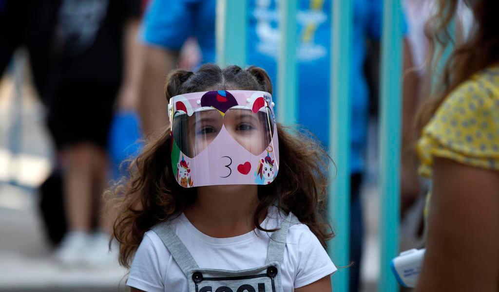 Reporta Grecia más casos de COVID-19; anuncia restricciones