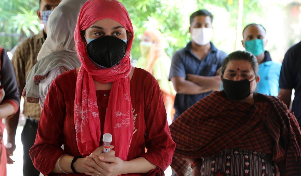India supera los 6 millones de casos de COVID-19