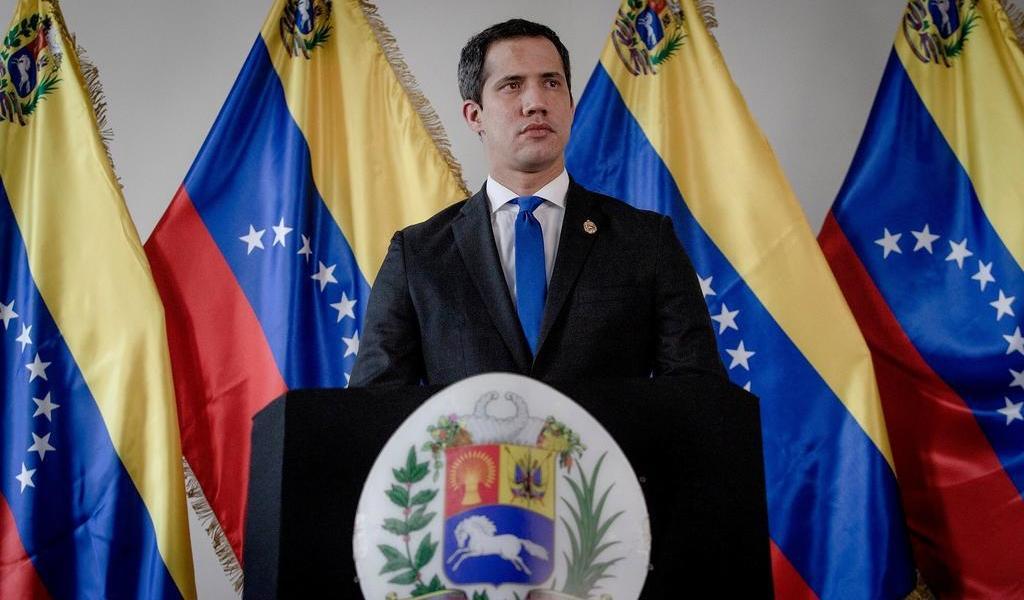 Celebra Guaidó fallo adverso de Londres porque no entrega oro a Maduro