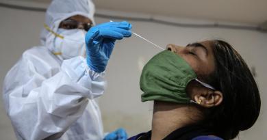 Casos de COVID-19 a nivel mundial superan los 36 millones