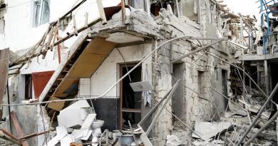 Se recrudecen los combates en Nagorno Karabaj