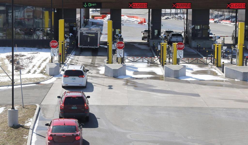 Mantendrá Canadá cerrada la frontera con EUA hasta el 21 de noviembre