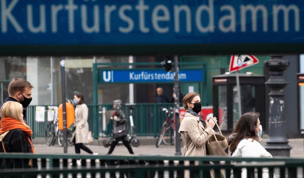 Vuelve Alemania a imponer fuertes restricciones por repunte de COVID-19