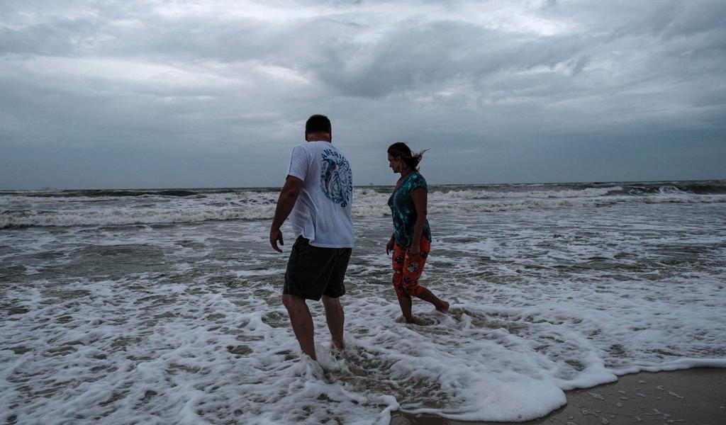 'Zeta' se degrada a ciclón post-tropical tras dejar 5 muertos en Luisiana