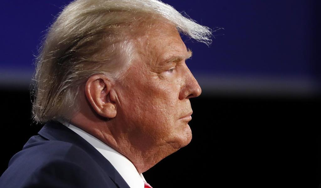 Se aferra Trump a la vía legal