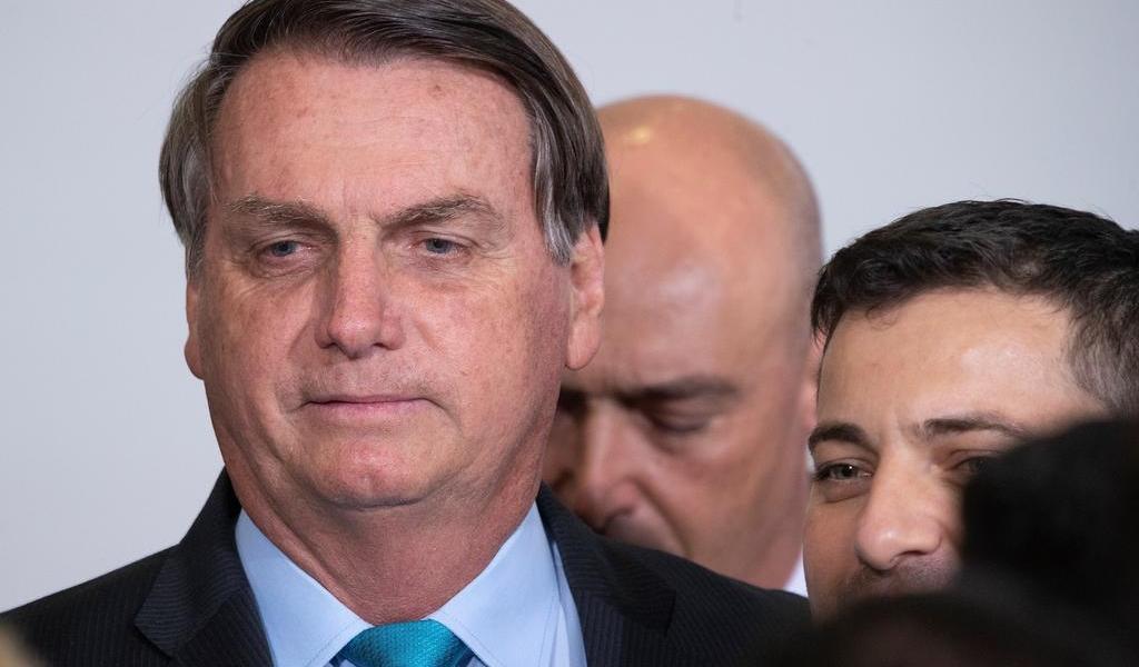 Vuelve Bolsonaro a minimizar riesgo de una segunda ola de COVID-19 en Brasil