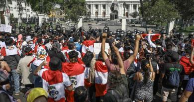 Exigen ubicar a más de 40 desaparecidos en protestas