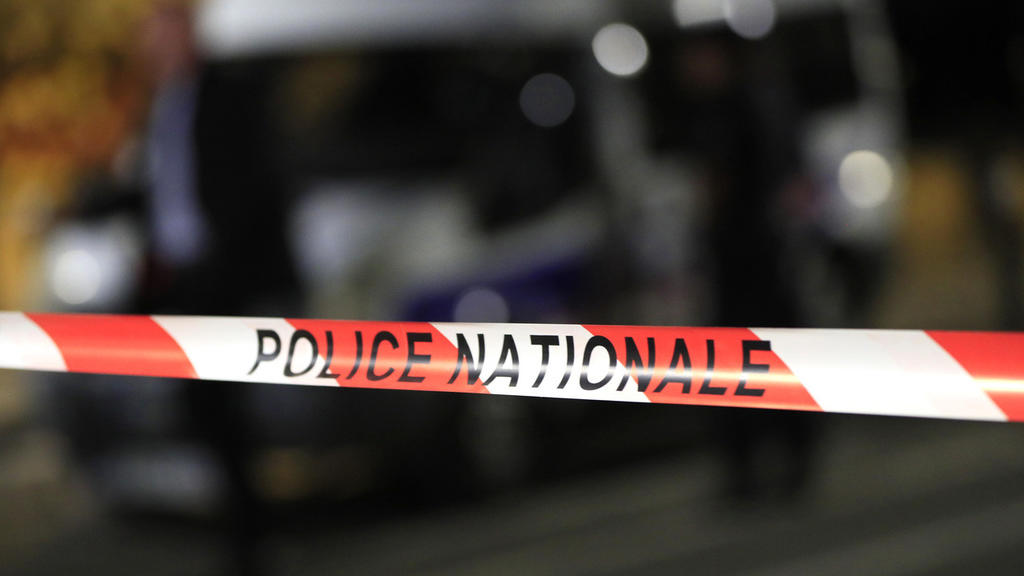 Dos personas resultan heridas en una toma de rehenes en Francia