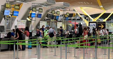 Países europeos prohíben vuelos con Reino Unido ante nueva variante del coronavirus