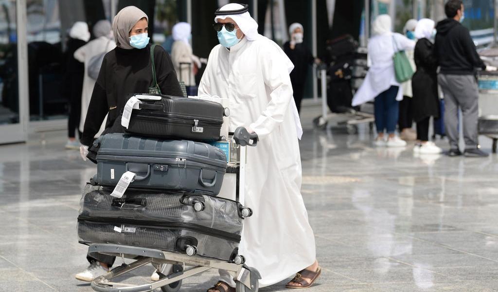 Prohíbe Kuwait los vuelos con Reino Unido ante nueva variante del COVID-19