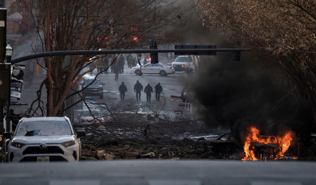 Explosión de bomba en vehículo sacude Nashville
