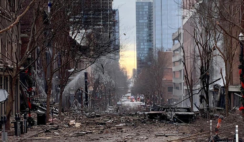 Sospechoso de detonar bomba en Nashville, murió en explosión: Fiscalía