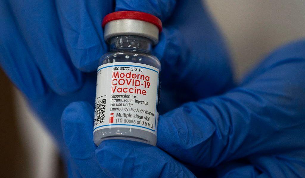 Advierten sancionar fraudes con vacunas