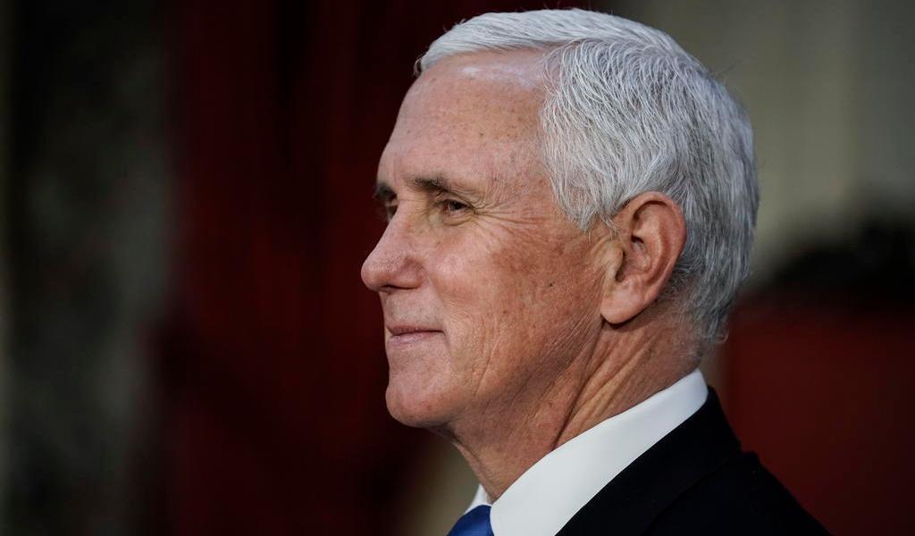 Promete Pence una 'transición sin tropiezos' en EUA