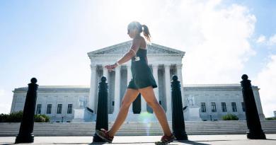 Mujeres deben acudir en persona para obtener píldora abortiva en EUA