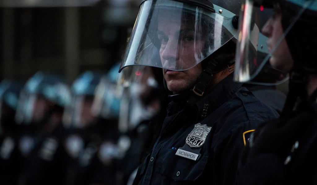 Demanda Nueva York a Policía por respuesta a protestas