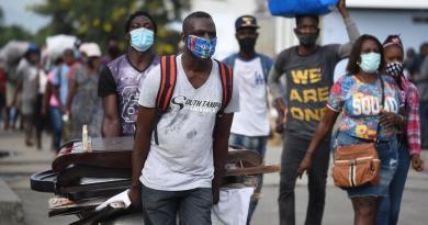 Autoridades sanitarias recomiendan declarar estado de emergencia en Haití por COVID