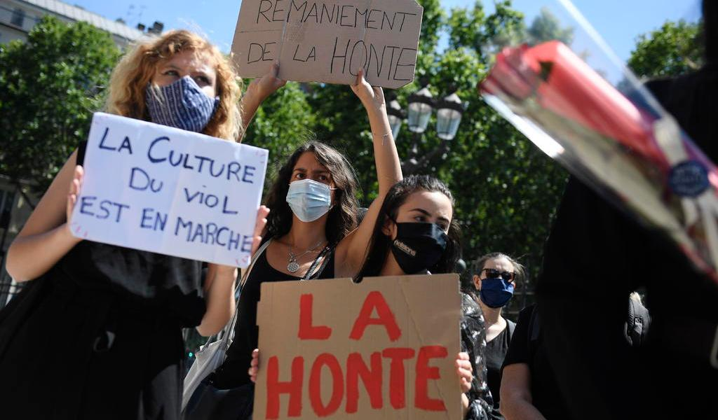 Escándalo por incesto hace crecer un nuevo #Metoo en Francia